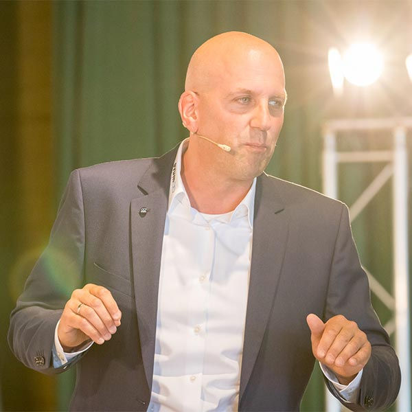 Das Jahres-Ziel-Meeting von Manuel Marburger